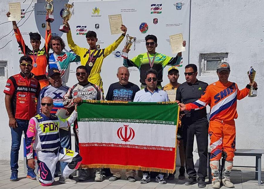 قهرمانی مقتدرانه تیم موتورکراس ایران در مسابقات چهار جانبه باکو