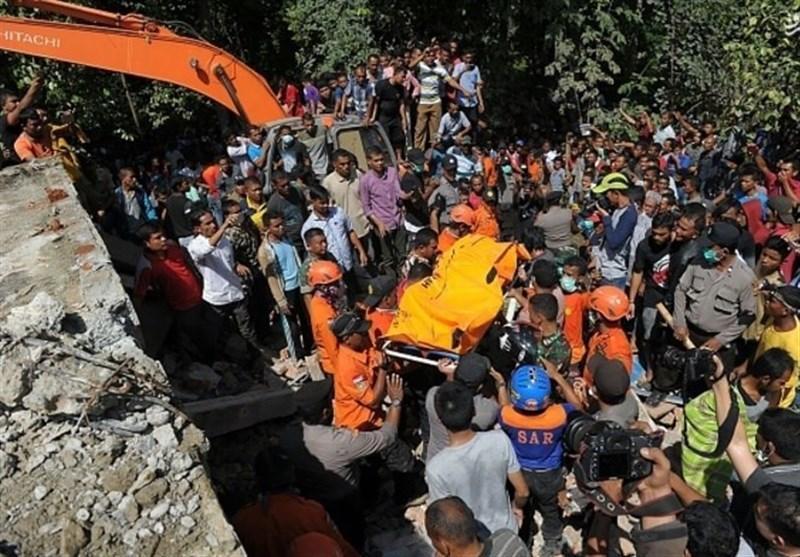 زمین لرزه اندونزی با بیش از 97 کشته و صدها مجروح