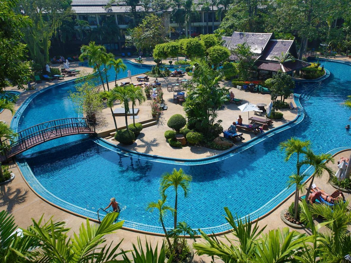 جاذبه های پاتایا: Green Park Resort