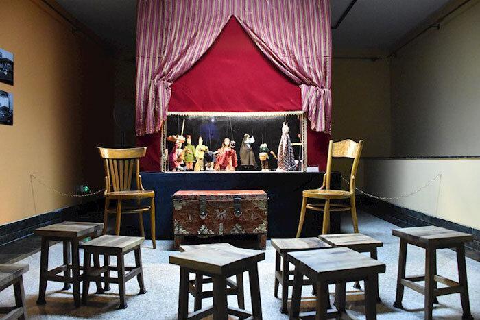 نمایش خیمه شب بازی در موزه کودکی ایرانک