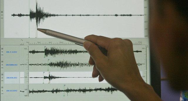 ثبت بزرگترین زمین لرزه ها در کلمه، وقوع 8 زلزله در 7 استان کشور