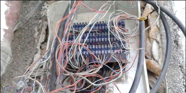 سرقت کابل های مخابرات موجب قطعی تلفن شهرک خزایی اسدآباد شد