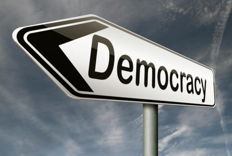 توسعه و دموکراسی خواهی: تلازم یا عدم تلازم؟