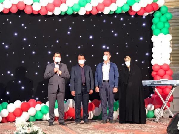 خبرنگاران معاون استاندار یزد مشارکت خیران در تامین جهیزیه جوانان را خواهان شد