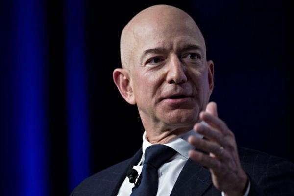مدیرعامل آمازون صدرنشین فهرست میلیاردرهای فوربس ماند