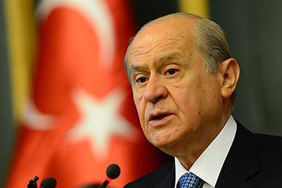 درخواست حزب ملی گرای ترکیه بر فعال سازی اس 400